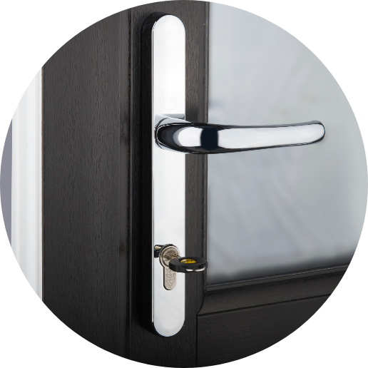 Yale door lock with key
