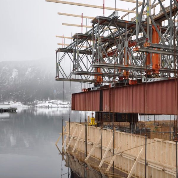 RMD Kwikform suspended formwork on a Quay construction in Norway, a still shot taken for a video produced by Edson Evers for RMD Kwikform
